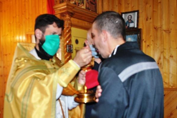 В Храме, расположенном на территории СИЗО-10, прошла Божественная литургия