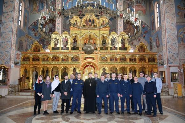 Сотрудники УФСИН России по Московской области посетили Троицкий храм города Реутов
