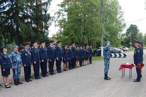 В подразделениях УФСИН России по Московской области прошли мероприятия, посвященные Дню государственного флага России